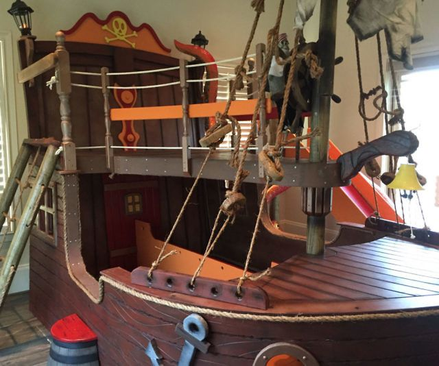 25 Best Ideas About Boat Beds On Pinterest: Best 25+ Pirate Ship Bed Ideas On Pinterest