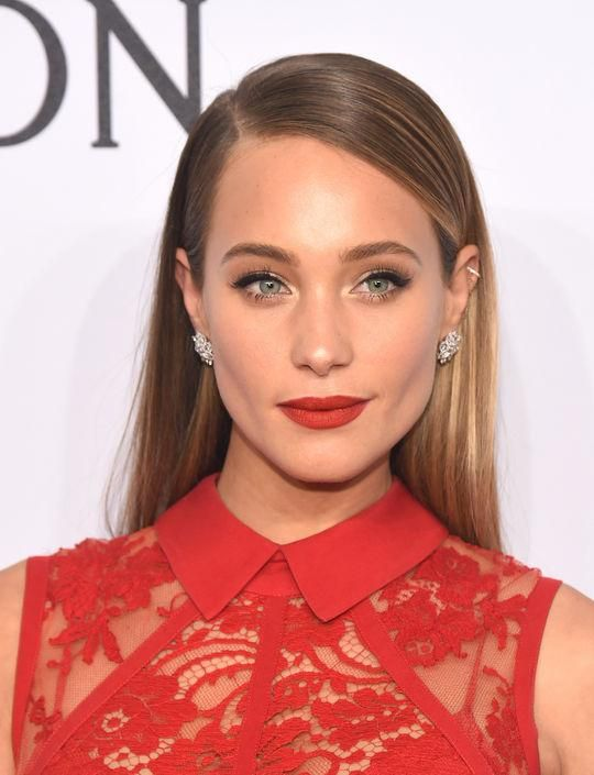 Because you can never have too much red lipstick inspiration -- we're loving the classic color on Hannah Davis. Click for more gorgeous model beauty looks from this week.