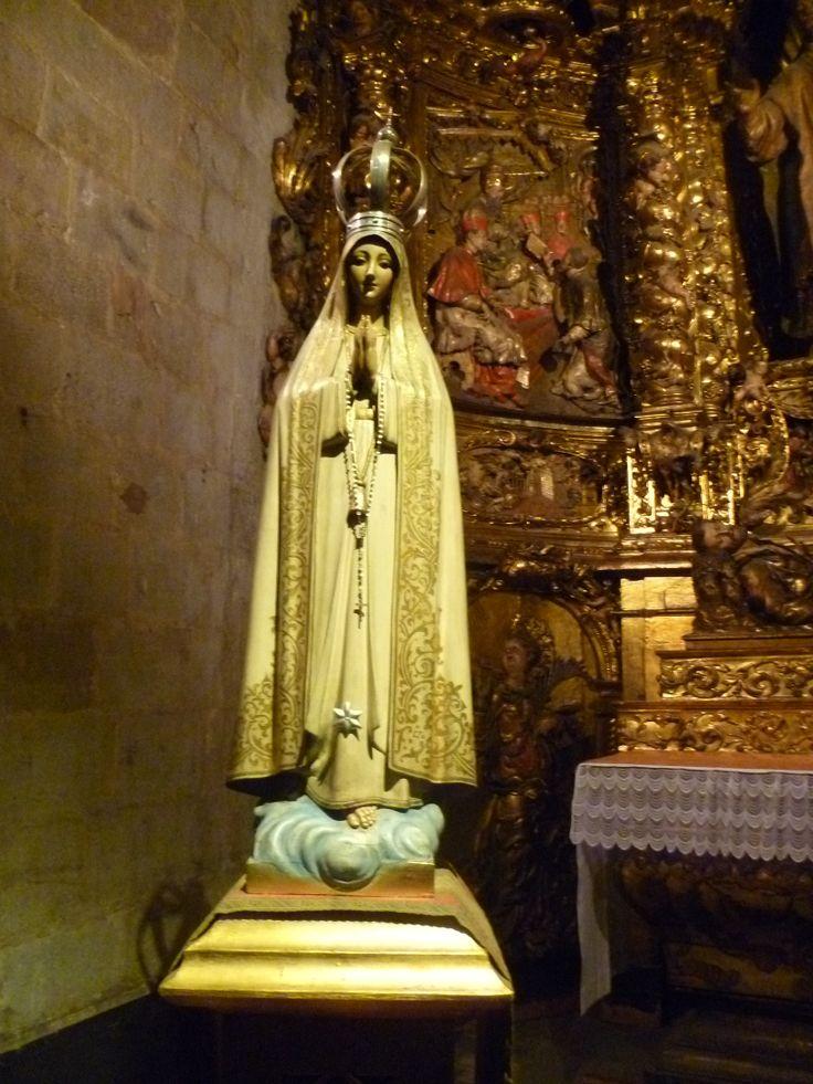 Madonna i Katedralen i Barcelona