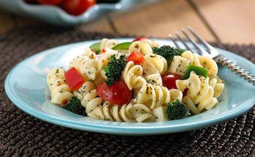 LUNCH/DINNER: Epicure's Tri-Colour Italian Pasta Salad (270 calories/serving)