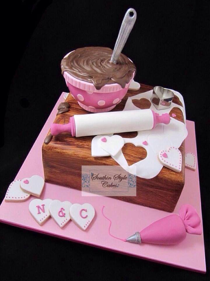 Süß verzierter Kuchen
