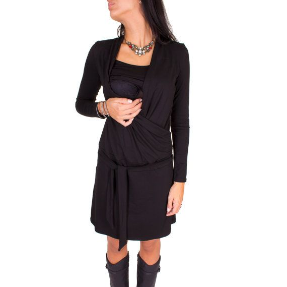 Viva la Mama | Nursing dress LISETT (black). A great gift for Valentine's Day, birth or baby shower! This enchanting knee-length breast feeding dress charms everybody with its Cache-Coeur neckline which is beautiful but also functional for discreet nursing. With its integrated sash to be knotted below the belly the dress is perfect for mummys with or without baby bump. It can be varied for different occasions, from elegant to casual.