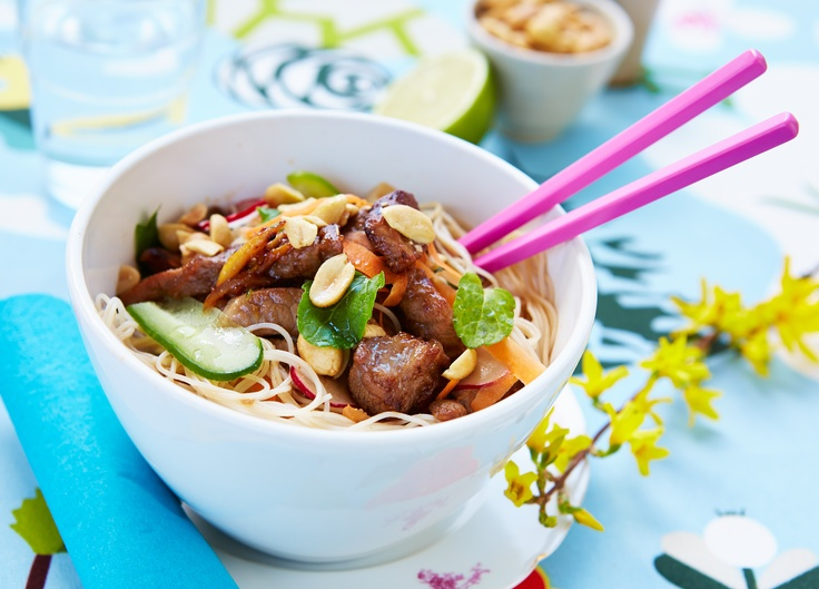 of March 17: Pork-rice noodle salad w cucumber, mint, peanuts, carrots ...