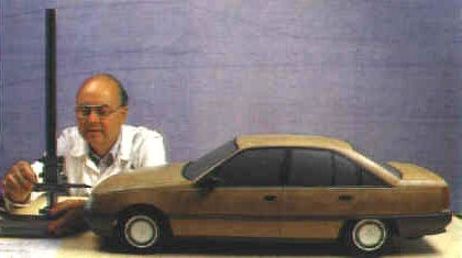 OG | 1987 Opel Omega A / Vauxhall Carlton Mk3 - coded V87 | 1:5 scale model