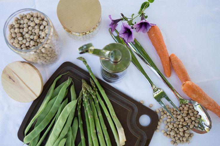 Almacena tus legumbres en estos tarros para ahorrar espacio en tus armarios.