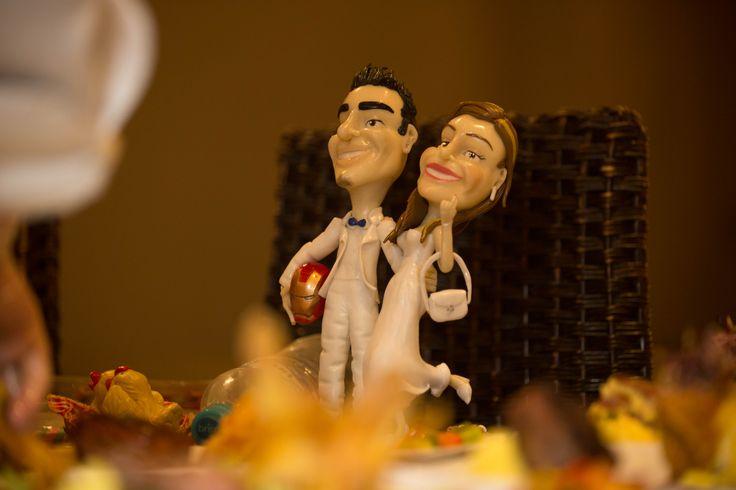 Cake toppers. wedding decor. Fotos por iluminarte.