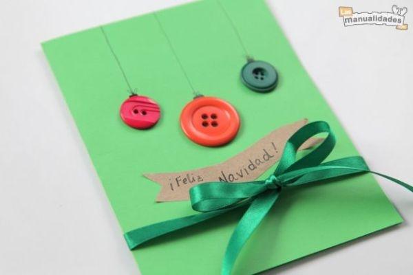 Manualidad: tarjeta de navidad con botones