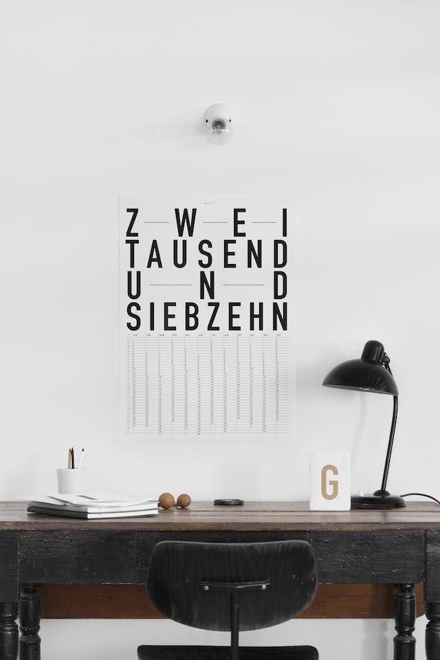Wandkalender mal anders - Schlichter, moderner Typo-Kalender