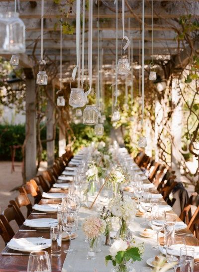 a stunning al fresco tablescape  Photography by http://rayaphotography.com/, Design and Florals by http://toastsantabarbara.com/