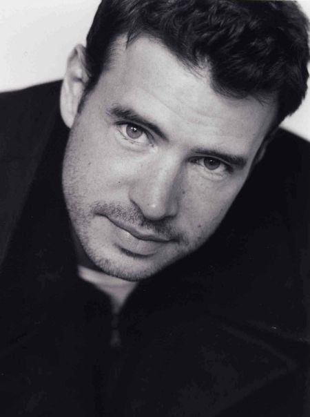 Pictures & Photos of Scott Foley - IMDb  I think I'm in love
