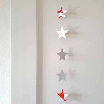 A simple upcycled garland for Christmas...