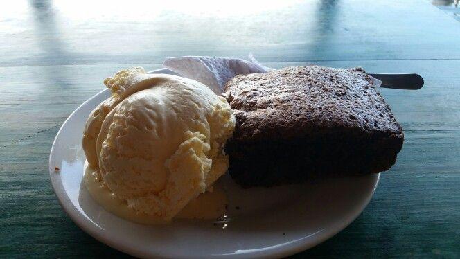 BROWNIE & ICE CREAM #dessert #ingordo