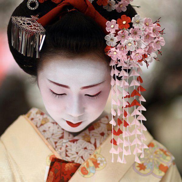 floral head dress
