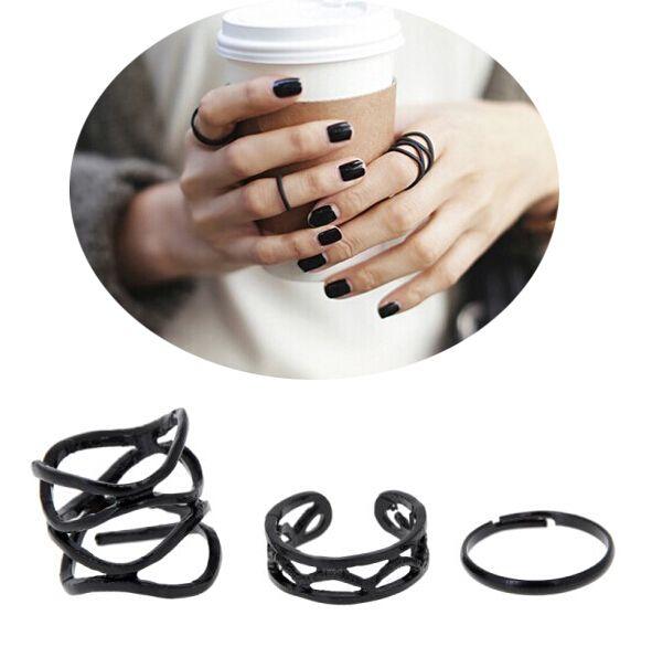 Encontrar Más Anillos Información acerca de 3 unids/set Retro punky de la personalidad Multilayer Hollow geometría exagerada cruz de Metal negro anillos Band anillo del nudillo Set para mujeres, alta calidad configuración de anillo de plata, China configuración de anillo para en forma de pera diamantes Proveedores, barato juegos de videos de Yiwu Ino E-Commerce Co., Ltd. en Aliexpress.com