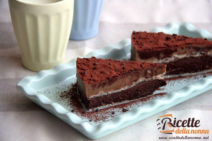 Sfogliata di cioccolata e crema al caffè