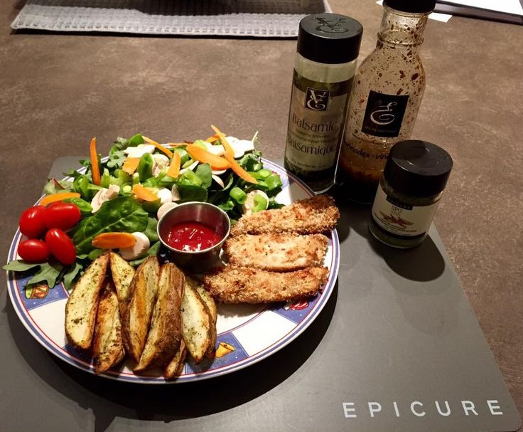 Tonight's dinner chicken fingers made with Epicures balsamic dressing , potato wedges with Epicures SPG and a side salad  #Epicure #chicken https://kayhamel.epicure.com/en/recipe/5035