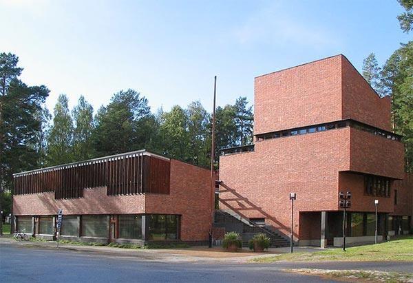 Аалто, Муниципальный центр (ратуша) в Сяюнятсало, 1949 - 1952.