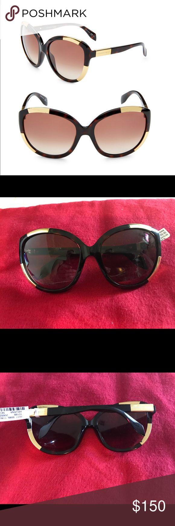 Alexander McQueen Oversized Woman's Sunglasses NWT New w Tags Alexander McQueen Accessories Sunglasses