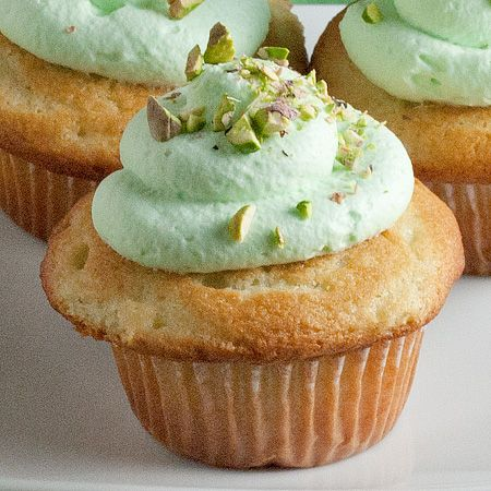 Pistachio Cupcakes | Cupcake and Muffin Love.. | Pinterest