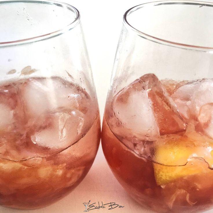 Commy Caipiroska Greyfurt, şeker, kırmızı votka #kokteyl #cocktail #içki #greyfurt #commy #caipiroska #mixology #mixologist #votka #vodka