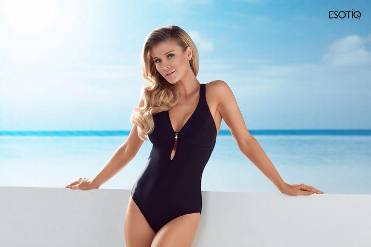 Kolekcja kostiumów kąpielowych ESOTIQ na lato 2017       Zobacz cały artykuł na naszej stronie: https://fashionmedia.pl/2017/04/18/kolekcja-kostiumow-kapielowych-esotiq-lato-2017/  Kategorie: #ModaDamska, #MODAPLAŻOWA Tagi: #JoannaKrupa