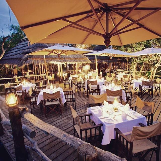 Evening meals enjoyed seated around a roaring fire in the Rhino Boma. A lot of memories created here, share yours?   http://ow.ly/3BcI30b3kso