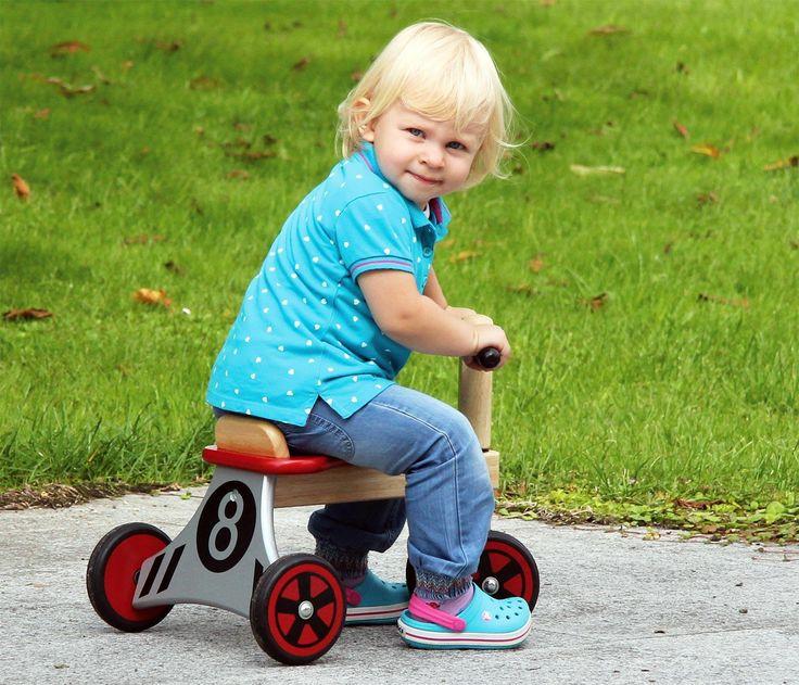 Triciclo in Legno DA CORSA cm 49x35x37 per bambini. Primi Passi. Età 12 Mesi I'm ToyLe prime esperienze a