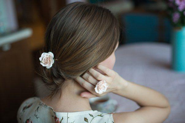 Невидимка и кольцо с розой из полимерной глины