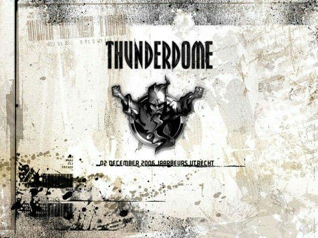 Thunderdome 2006 mijn enigste keer Thunderdome. Best trots op, aangezien Thunderdome ermee gestopt is.  Beste Hardcore Feest ooit, alles was perfect, ervoor, tijdens en erna ....