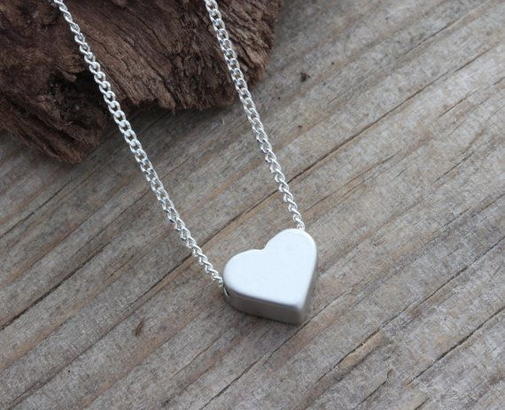 Zarte Halskette Herz Halskette auf Sterling Silber von MonyArt