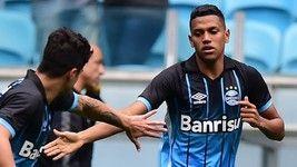 Grêmio abre placar contra a Chape; LANCES (Futura Press)