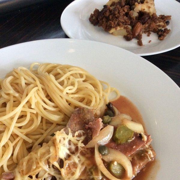 Bœuf miroton, spaghettis au jus et crumble pomme - spéculoos