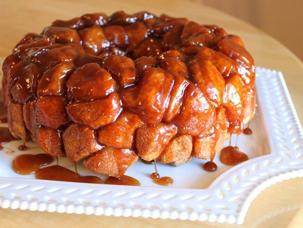 GOOEY CARAMEL MONKEY BREAD  --  I have to try this.....it looks amazing!  Thanks Betty Crocker!