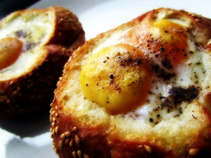 eggs in bread