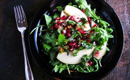 Σαλάτα με ρόδι και αχλάδια