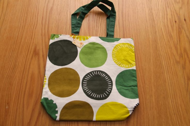 Some greens and browns to compliment the fall colours! #japanese #tote #bags http://www.j-accessories.com/store/p14/Tote_bag_-_Forest_Dots.html