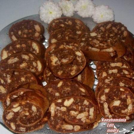 Egy finom Ostyalapos kekszszalámi ebédre vagy vacsorára? Ostyalapos kekszszalámi Receptek a Mindmegette.hu Recept gyűjteményében!