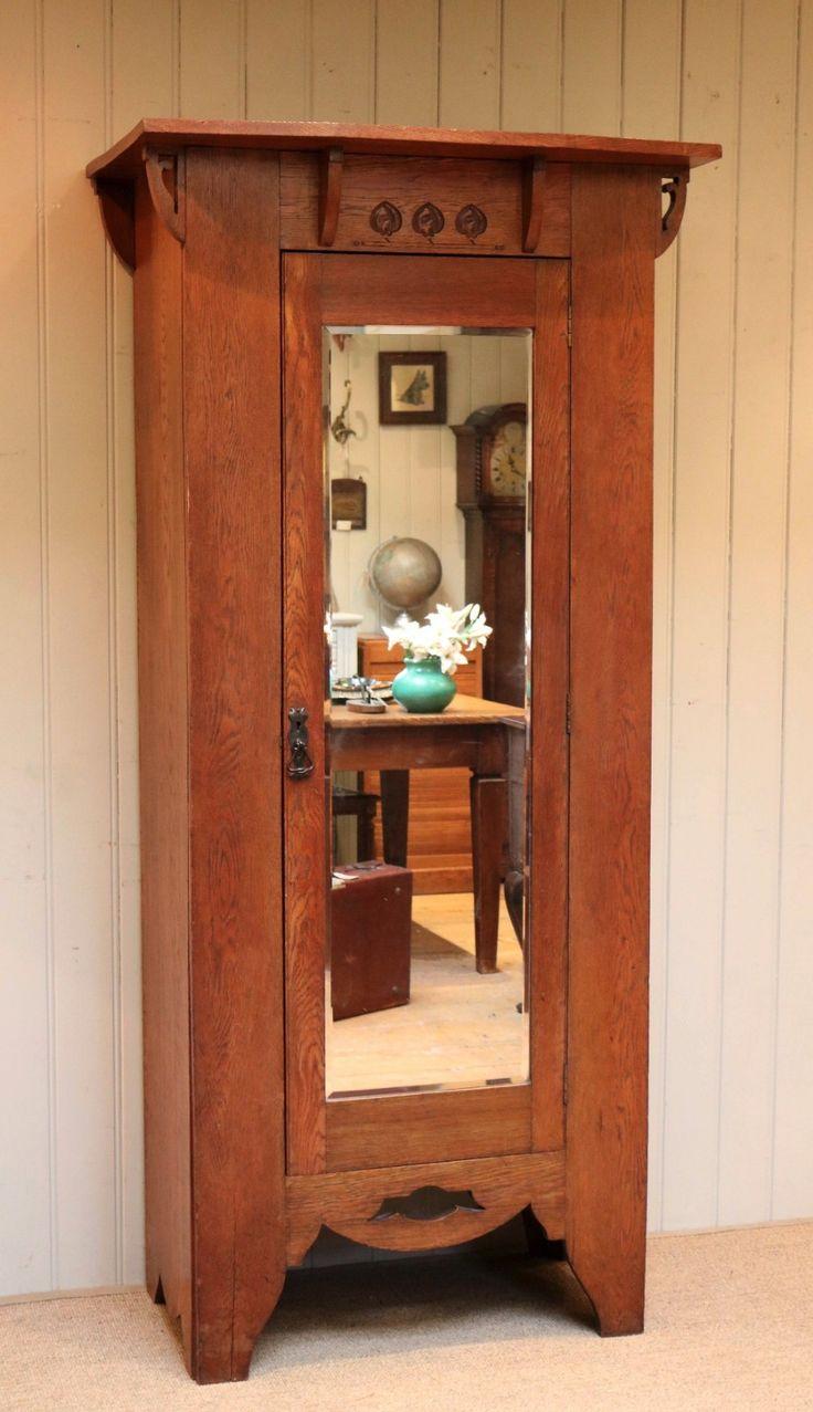 Arts and crafts furniture - Arts And Crafts Single Oak Wardrobe