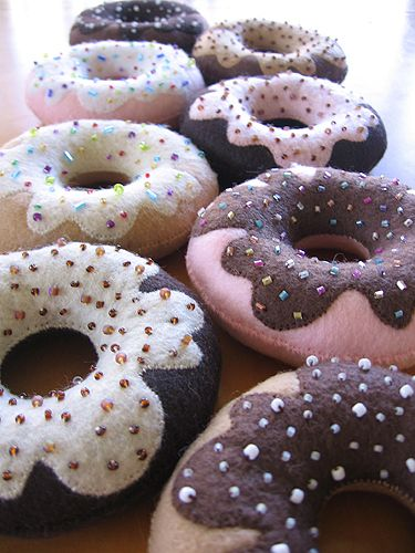DIY Felt Sew Your Own Handmade Krispy Kreme style Doughnut Plushie