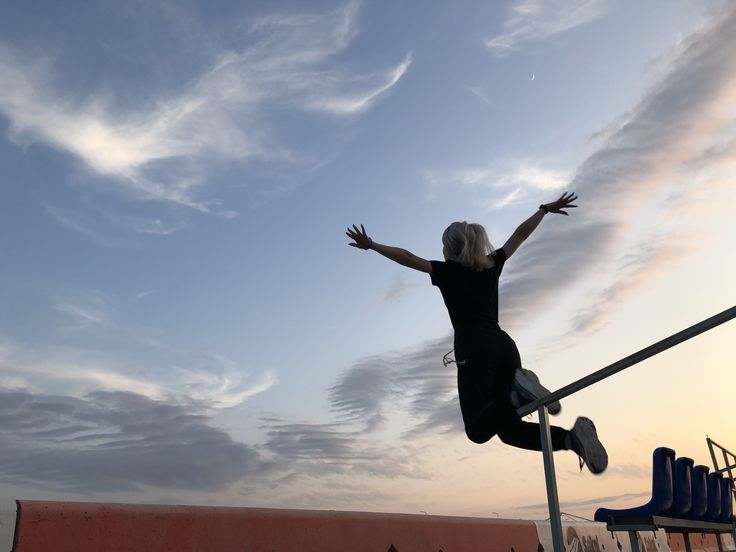 нейлоновых картинки прыжка веры пяти- шестилитровые
