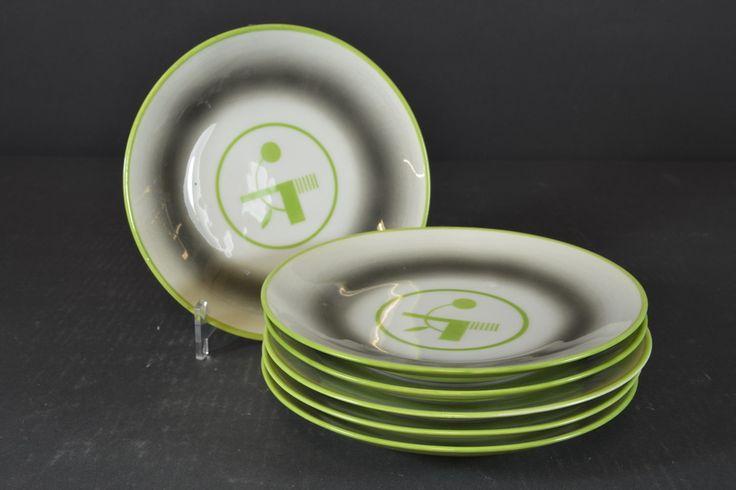 Plates by Nora Gulbrandsen for Porsgrund Porselen, D: 19cm, from Auksjonshallen
