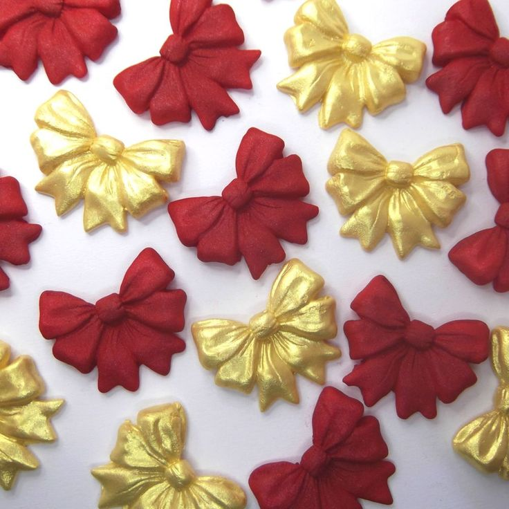 Gold Cake Decorations Tesco : 95 best Just Add Cake for Christmas! images on Pinterest ...