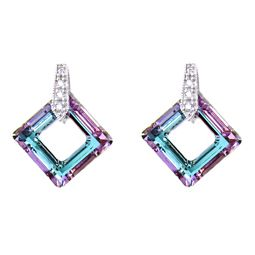 This original Swarovski elements earrings are individually handcrafted by our skilled artisan. The necklace portrays a square with a distinct style.