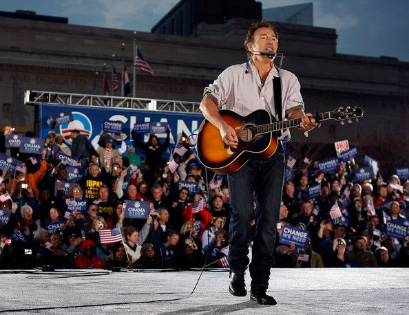 Barack Obama Bruce Springsteen Photos - Singer Bruce Springsteen plays before Democratic presidential nominee U.S. Sen. Barack Obama (D-IL)  takes the stage during a campaign rally at the Cleveland Mall November 2, 2008 in Cleveland, Ohio. Obama continues to campaign as Election Day begins to draw near as he runs against his Republican challenger, Sen. John McCain. . - Obama Campaigns Across The U.S. In Final Week Before Election
