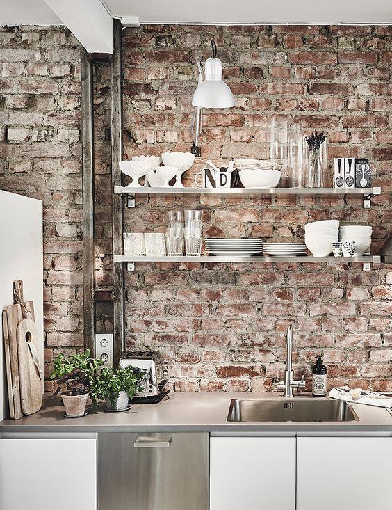 bakstenen muur brick wall industrieel interieur industriele keuken industrial kitchen