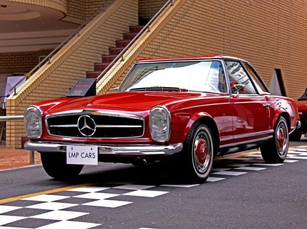 This vintage Mercedes-Benz 280SL is a stunner, right down to the hubcaps. The grille, the vertical-stack headlamps...wow.
