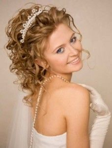Admirable 1000 Images About Tiara Hairstyles On Pinterest Quinceanera Short Hairstyles Gunalazisus