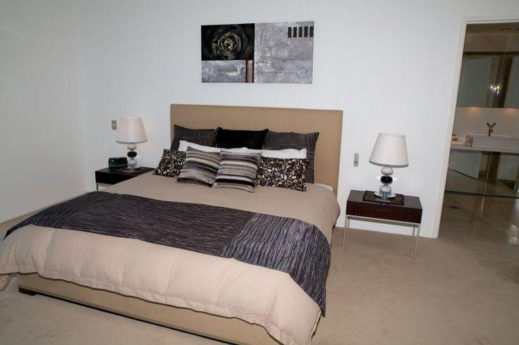 Carmel By The Sea - 3 Bedroom Apartment - Broadbeach Three Bedroom Accommodation