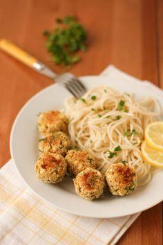 boulettes express aux pois chiches, feta et citron (VEGETARIENNES) -- quick chickpea meatless meatballs with feta and lemon