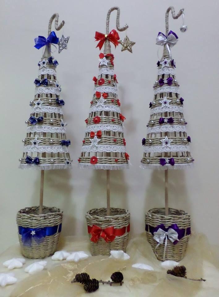 GYÖNYÖRŰSÉGES FONOTT karácsonyfák